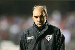 Velocidade marca equipe de Ricardo Gomes
